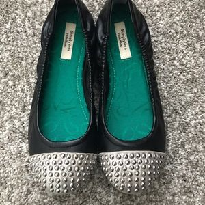 Cute Flats Black/Silver Size 6